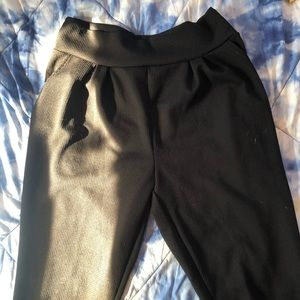 Black stretchy trousers